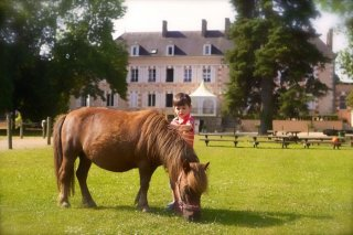 PONEY CLUB DE LA SOURCE: MES PREMIERS GALOPS
