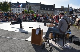 Spectacle de rue - Compagnie MO3